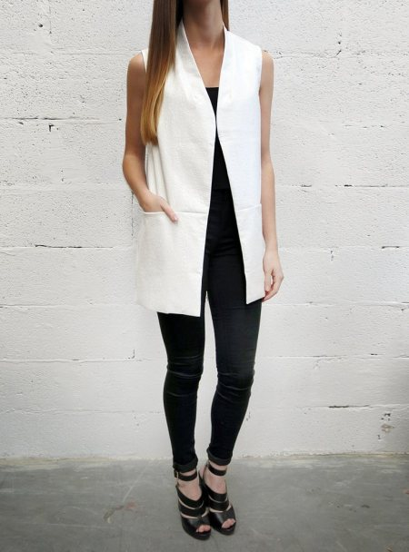 white-faux-croc-sleeveless-blazer_14794-zoom
